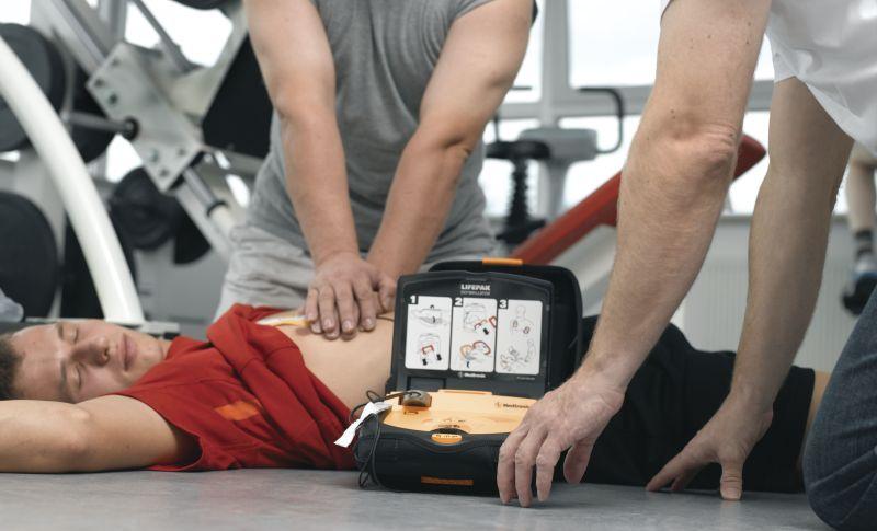 Un defibrillatore in ogni impianto sportivo - (c) GettyImages